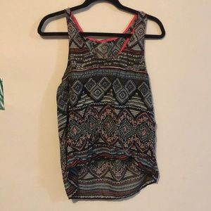 Tribal shirt L